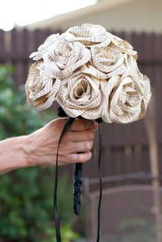 The bouquet - wedding traditions with a twist
