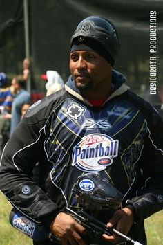 Ray Lewis from the Baltimore Ravens with his paintball gun.  Ray plays out at Pev's Paintball.