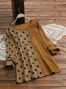 Pakistani Fashion Casual, Indian Fashion Dresses, Pakistani Dresses Casual, Fashion Outfits, Stylish Dresses For Girls, Stylish Dress Designs, Designs For Dresses, Kurta Neck Design, New Blouse Designs