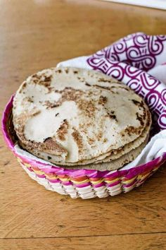 Corn and flour tortillas are synonymous with Mexican food. Find out what else is in our Mexican pantry ! #Mexicanfood #mexicanrecipes #mexican #tortillas
