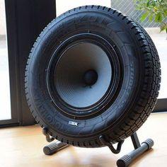 Tyre speaker