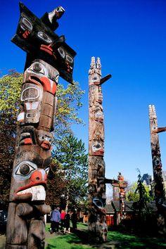 Beaver totem pole in Thunderbird Park, Victoria BC by Mungo Martin