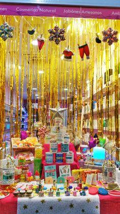 ¿¿Preparad@s para descubrir la navidad en #lacasitadecoco ?? Descubres las novedades de este año. ¡¡Te esperamos!! #navidadengranada #granada #granadahoy #Perfumes #Perfumeria #regalos #tazas #aromas #cosmetica