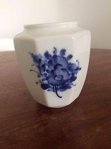 Vase, Blå Blomst vase., Royal Copenhagen, 12 cm høj fin og