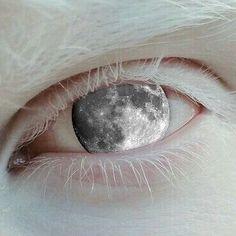 "2 Likes, 1 Comments - Rabia Khan Alizai (@rabiakhanalizai) on Instagram: "". . . . . . . . . . . #moon #selenophile #mooneyed #moonchild #white #art #collageart…"""