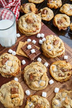 S'mores chocolate chip cookies.