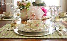 love the teacup and saucer stacked on top
