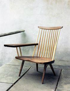 George Nakashima, writing arm chair- love this piece George Nakashima, Wood Furniture, Modern Furniture, Furniture Design, Vintage Chairs, Take A Seat, Cool Chairs, Chair Design, Designer