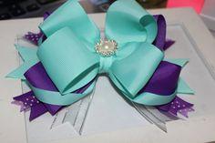 boutique bow teal and purple por erickasboutique en Etsy