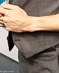 How 'bout a long, tall drink of Tom?? (click for gif... then die from overload of sexiness.)