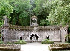 Lisbon, Sintra: UNESCO Palace with an extraordinary architecture. Quinta de Regaleira