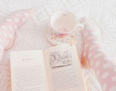 Imagem de pink, book, and pastel