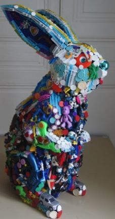 Bunny made out of reused/recycled toys. How cool is that? One of the featured artists in Earth Day: Discovering and inspiring artists who reuse and recycle