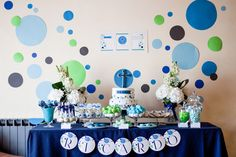 Confetti First Communion | CatchMyParty.com