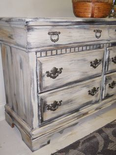Shabby Chic Dresser Close-Up Shabby Chic Bedrooms, Shabby Chic Homes, Trendy Bedroom, Distressed Furniture, Shabby Chic Furniture, Diy Furniture, Restoring Furniture, Upcycled Furniture, Rustic Furniture