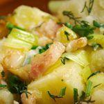 Salata bavareza fara maioneza Potato Salad, Potatoes, Ethnic Recipes, Food, Salads, Meal, Potato, Essen, Hoods
