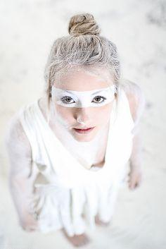 Photo: Philip Michael Wilson // Model: Florine // Styling and Hair & Make-up: Nina Neo