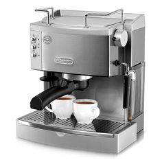 Always brew espresso or cappuccino at the perfect temperature with the EC702. Two thermostats allow for water and steam pressure to be controlled separately. Enjoy delicious espresso for years to come with the durable, high-quality stainless steel boiler.