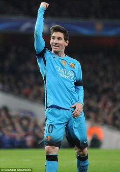 Arsenal 0 Barcelona Lionel Messi salutes fans after a game in which he scored twice. Lionel Messi, Champions League, Braces, Arsenal, Scores, Barcelona, Football, Fans, Futbol