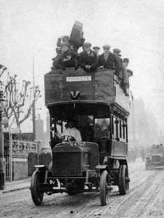 London c. 1905 - early double decker bus by London Bus, Old London, London Street, Vintage London, Victorian London, Vintage Pictures, Old Pictures, Old Photos, First Bus
