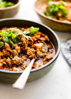 This Crock Pot Paleo Sweet Potato Chipotle Chili recipe is healthy but hearty! An easy beanless paleo chili with simple ingredients and kick of spice! Gluten-free and whole 30 friendly too! Keto Chili Recipe, Paleo Chili, Chipotle Chili, Chili Recipes, Healthy Chili, Paleo Soup, Stay Healthy, Healthy Crockpot Recipes, Paleo Recipes