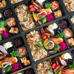 Japanese Food Sushi, Japanese Lunch, Bistro Food, Sushi Recipes, Bento Box, Drinking Tea, Food Photo, Street Food, Food And Drink