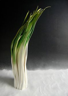 Ceramic Sculptures Brilliantly Imitate the Delicate Nature of Sprouting Grass - My Modern Met