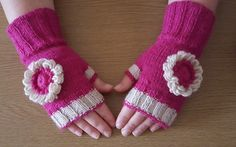 Fingerless Gloves, Arm Warmers, Green, Shop, Stuff To Buy, Etsy, Fashion, Fingerless Mitts, Moda