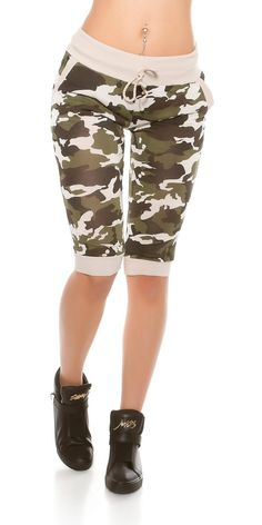 KouCla capri in army-lookMet elastische band en zakkenKleur beigeOne size 34/40.beige 19,95 Bermuda Shorts, Capri, Beige, Band, Fashion, Fashion Styles, Moda, Sash, Fashion Illustrations