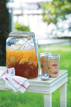 Lemonade Iced Tea - Non-alcoholic, Festive Drinks for a Baby Shower - Southernliving. Recipe: Lemonade Iced Tea Think of this as a big-batch version of the Arnold Palmer. Alcoholic Punch Recipes, Alcoholic Cocktails, Drinks Alcohol Recipes, Summer Drink Recipes, Summer Drinks, Refreshing Drinks, Cold Drinks, Iced Tea Lemonade, Strawberry Lemonade