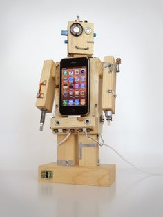 Robodock - iPhone dock - robot in function of docking station (iPhone dock, iPod dock, new iPhone 5 compatible) - unique design.