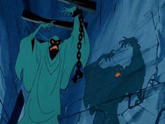 Fantasma con cadena (ghost with chain). Funny Halloween Memes, Halloween Ii, Halloween Photos, Halloween Themes, Scooby Doo 1969, Scooby Doo Mystery Inc, Scooby Doo Cartoon Network, Scooby Doo Images, Dark Art Illustrations