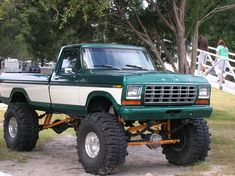 Monster Truck Monster Truck- I am ready for some serious muddin' 79 Ford Truck, Lifted Ford Trucks, Diesel Trucks, Cool Trucks, Pickup Trucks, Ford 4x4, Ford Diesel, Chevy Trucks, Lifted Dually