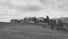 Hotel Llao Llao, Foto: Godofredo Katschmidt, Año 1938 (Col. Katschmidt en Archivo Visual Patagónico)