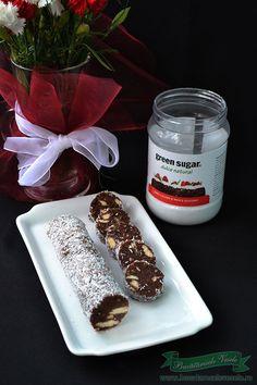Salam de biscuiti Candle Jars, Candles, Romanian Food, Brownies, Sweet Tooth, Desserts, Sweets, Essen, Cake Brownies