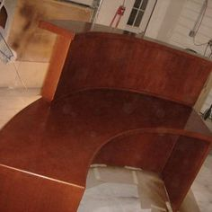 curved-reception-desk--MjkyLTgyNDM1LjIyMTYzMQ==.jpg (292×292)