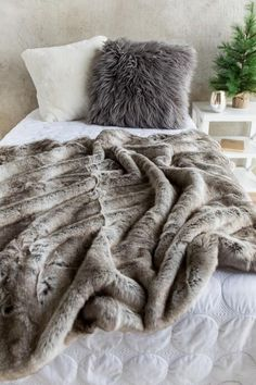 Cozy, cuddle blanket