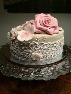 Lovely rosecake
