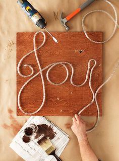"Quick Christmas Craft Idea: Lighted ""Joy"" Sign"