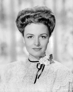 Medium publicity shot of Donna Reed as Gladys Hallward.