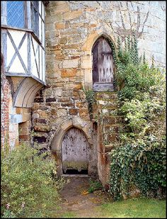 Tower Entrance, Scotney Castle, Lamberhurst, Kent. Via Brian@Flickr