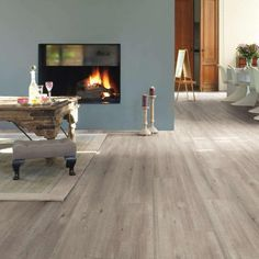 Quickstep 12mm Saw Cut Oak Grey Laminate Flooring