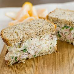 Recipe: Crisp Tuna-Cabbage Salad — Healthy Lunch Recipes from The Kitchn This is so right up my ally. I love crunch in my tuna salad. Lunch Recipes, Seafood Recipes, Gourmet Recipes, Salad Recipes, Cooking Recipes, Sandwich Recipes, Cajun Recipes, Meal Recipes, Copycat Recipes