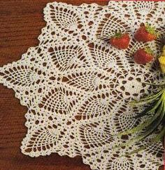 Free Crochet Pineapple Strawberry Doily Pattern