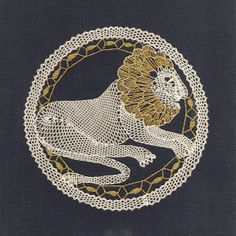 Palickováni 3 - Mary Moya - Picasa Web Albums Bobbin Lacemaking, Lace Heart, Victorian Lace, Lace Jewelry, Lace Making, Lace Patterns, Lace Collar, Simple Art, String Art