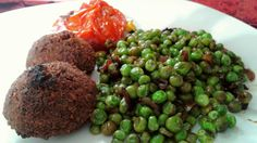 #veggie #vegan #falafel #arveja #soya #cebolla #chiliSeco #AceiteDeOliva #tomate #maíz  #champiñon #parmesanoVegano