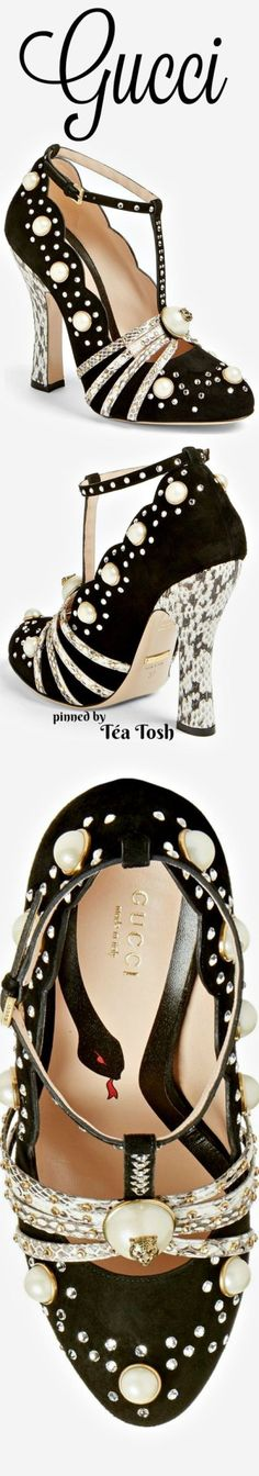 ❇Téa Tosh❇ Gucci, Ofelia Pearly Crystal Embellished Pump