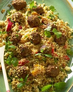 couscous with roasted peppers and spicy meatballs Healthy Summer Recipes, Lunch Recipes, Food To Go, Love Food, Polenta, Risotto, Dinner Side Dishes, Fat Burning Foods, Turkish Recipes