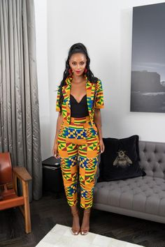 Ankara Styled Suite For Your Boss lady Look Am sure we can remember how it was in the year We saw our gorgeous ladies paint the town red in their African print in style and class. To be honest, i think last year, African print was the fir African Print Pants, African Print Dresses, African Fashion Dresses, African Dress, African Clothes, African Prints, African Fabric, African American Fashion, African Inspired Fashion