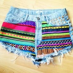 shorts cintura alta customizado com estampa etnica